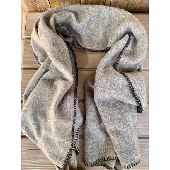 ZARA grey oversized blanket scarf wrap
